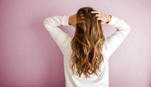 Shampoo per capelli, utilizzare destra: esattamente come mantenere i vostri capelli e la testa protegge la pelle